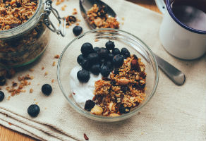 is granola healthy